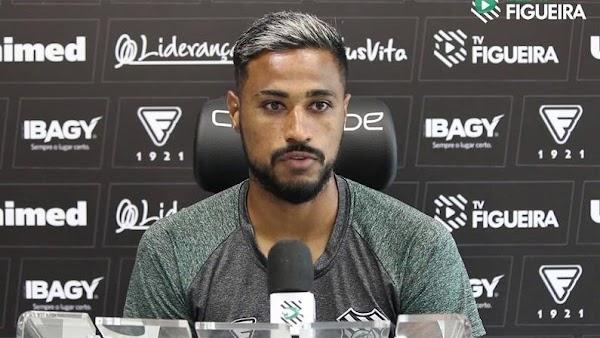 Oficial: Botafogo, firma Diego Gonçalves