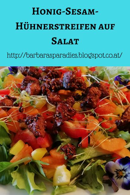 Honig-Sesam-Hühnerstreifen auf Salat