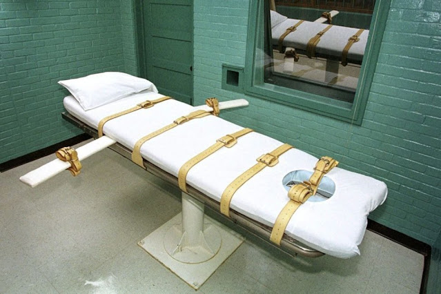 United States' crime punishment by execution least in 2020 compared to the past 3 decades