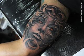 foto 7 de mejores tatuadores de chile 2015