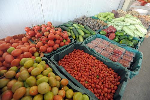 Olha nossa feira orgânica que linda. Todos os sábados, das 8h às 12h. FOTO: LUIZ PRADO