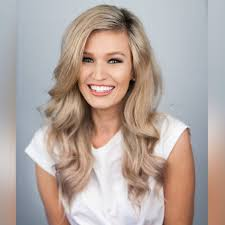 The Bachelor Gemma White: Age, Job, Height, Wiki, Biography , Instagram