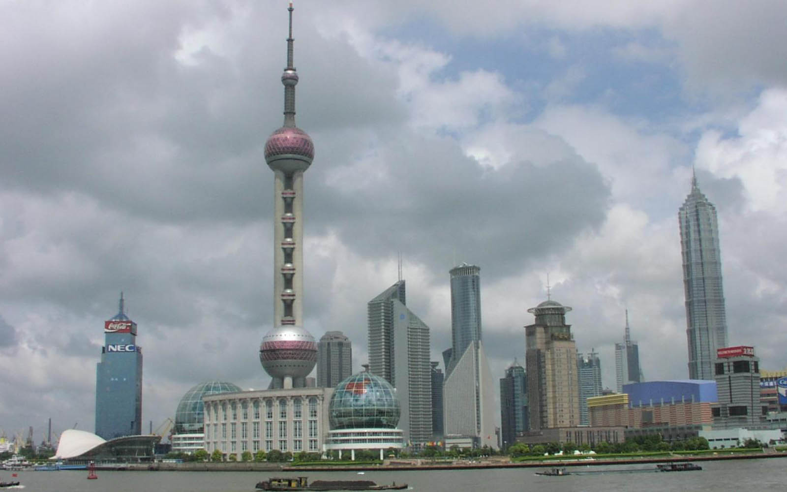China Shanghai Tv Tower Wallpapers on 3d car windows
