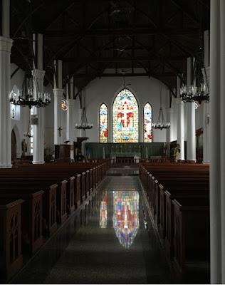 Christ Church Cathedral in Nassau, Bahamas - curiousadventurer.blogspot.com