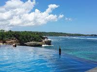 Pantai Cantik di  Nusa Lembongan Bali