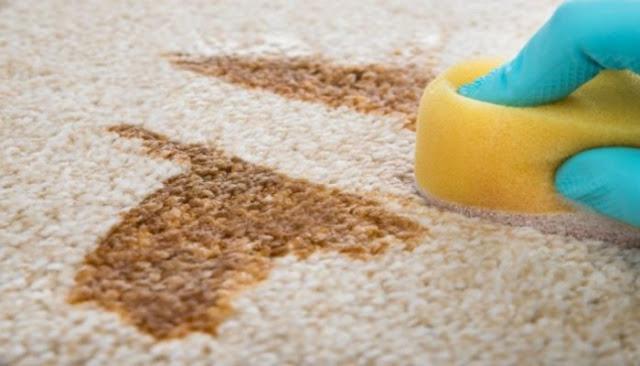 Πώς θα καθαρίσεις κάθε λεκέ από το χαλί μόνο με αφρό ξυρίσματος