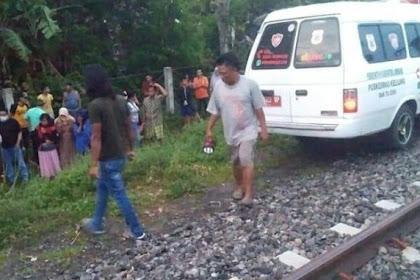 Selepas subuh ,penjual kerupuk di jombang Tewas tersambar KA