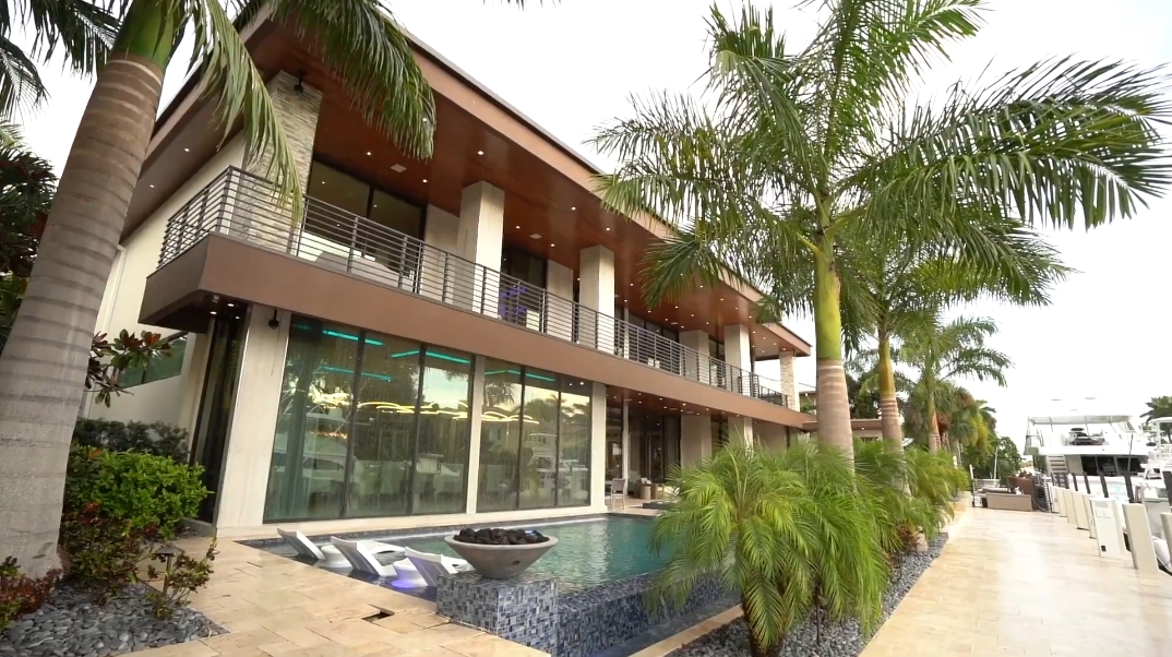 45 Interior Photos vs. 601 Royal Plaza Dr, Fort Lauderdale, FL Ultra Luxury Modern Mansion Tour