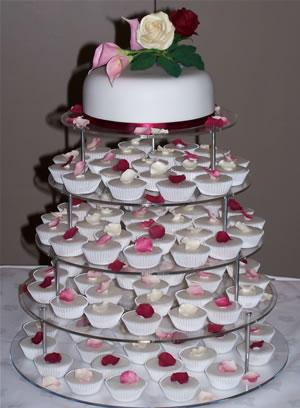 الأعراس (مسابقة العرايس) cupcake-rose-petals-