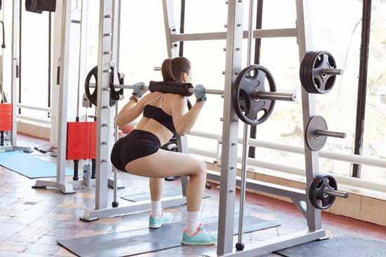 Squat Shoulder Press