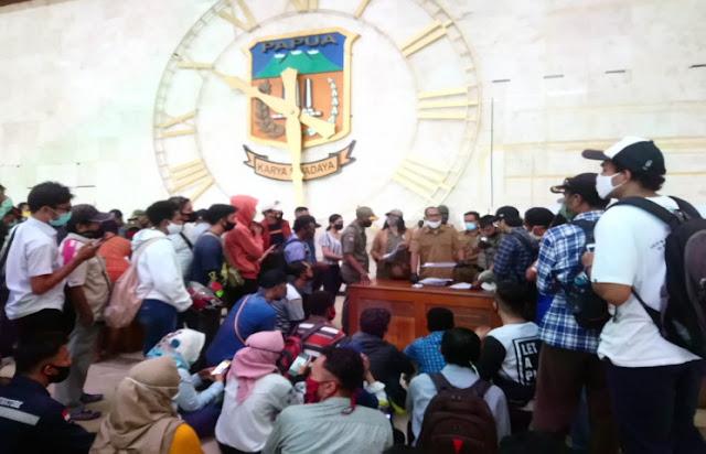 Muhammad Musaad Ungkap Warga ber-KTP Papua Kini Tak Perlu Urus SPKM