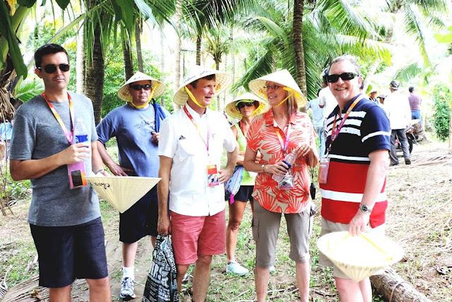 Về Bến Tre trải nghiệm du lịch vườn dừa