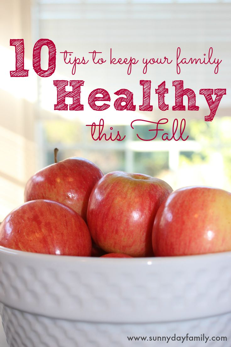 Healthy living tips for families! 10 easy ways to keep your family healthy and happy this Fall.