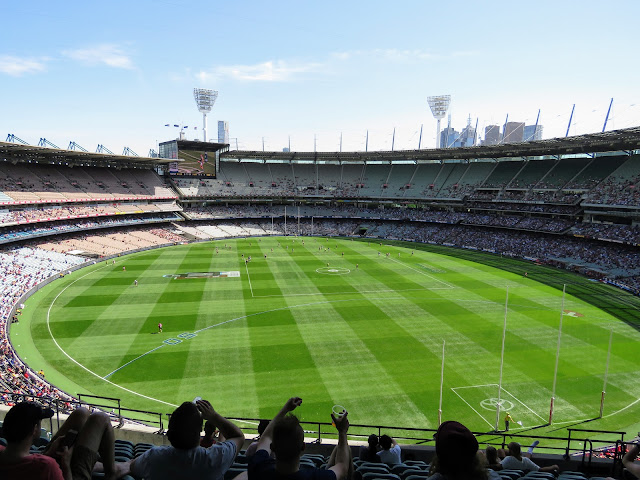 Weekend in Melbourne: Watching The Footy (Australian Rules Football) at Melbourne Cricket Ground