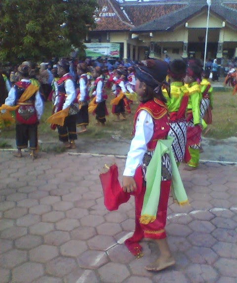 Tari Remo Massal Kecamatan Singgahan