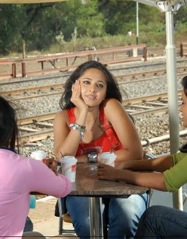 Anushka Shetty hot pics