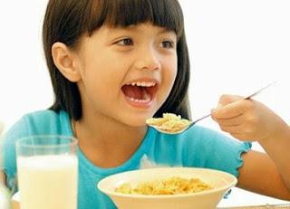 sarapan-berkhasiat-untuk-anak-yang-cemerlang-mealshakes