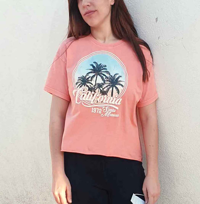 Coral 'California' Graphic Print T-Shirt - Rivka - M