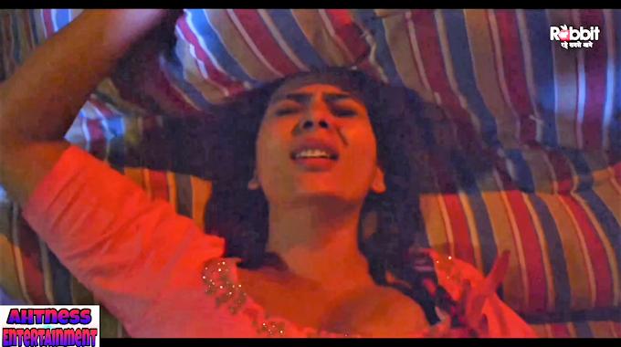 Anupama Prakash sexy scene  - Mohini s01ep3 (2020) HD 720p