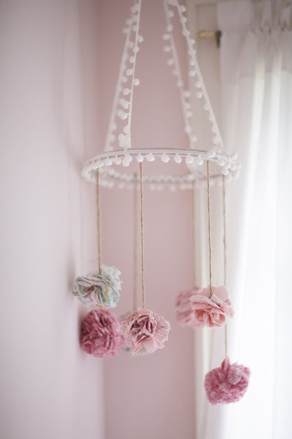 10 Do-It-Yourself Hanging Mobiles - Decor Units