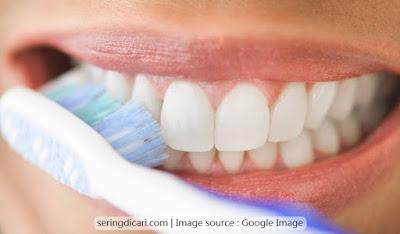 Tips Merawat Gigi Agar Tetap Sehat Secara Benar