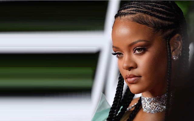Rihanna Is Officially a Billionaire, Becomes The Wealthiest Female Musician In The World