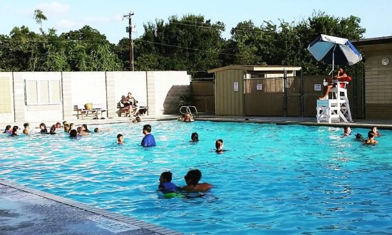 Morris Memorial Pool in Elgin, TX