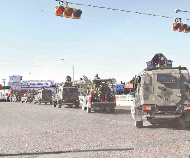 """Tropas militares a bordo de vehículos ligeros y """"tanquetas artilladas"""" blindan Reynosa, ahora si salgan al """"topón"""""""
