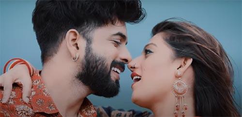 Aayo Ji Sawaniyo Lyrics -  Ashok Chouhan, Divya Chouhan   New Rajasthani Song 2021