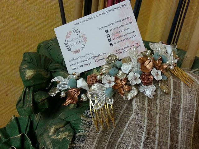semicorona vintage para novia en blanco, oro champagne, cobre y turquesa