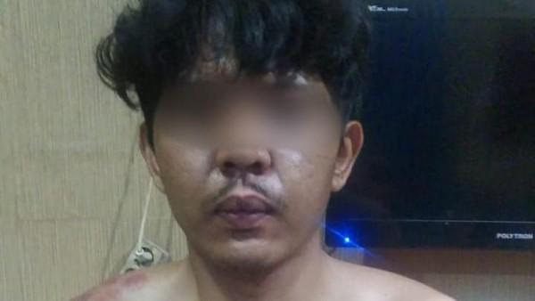 Tampang Anak Bunuh Ayah Kandung Gegara Tak Dapat Restu Nikah di Jakbar