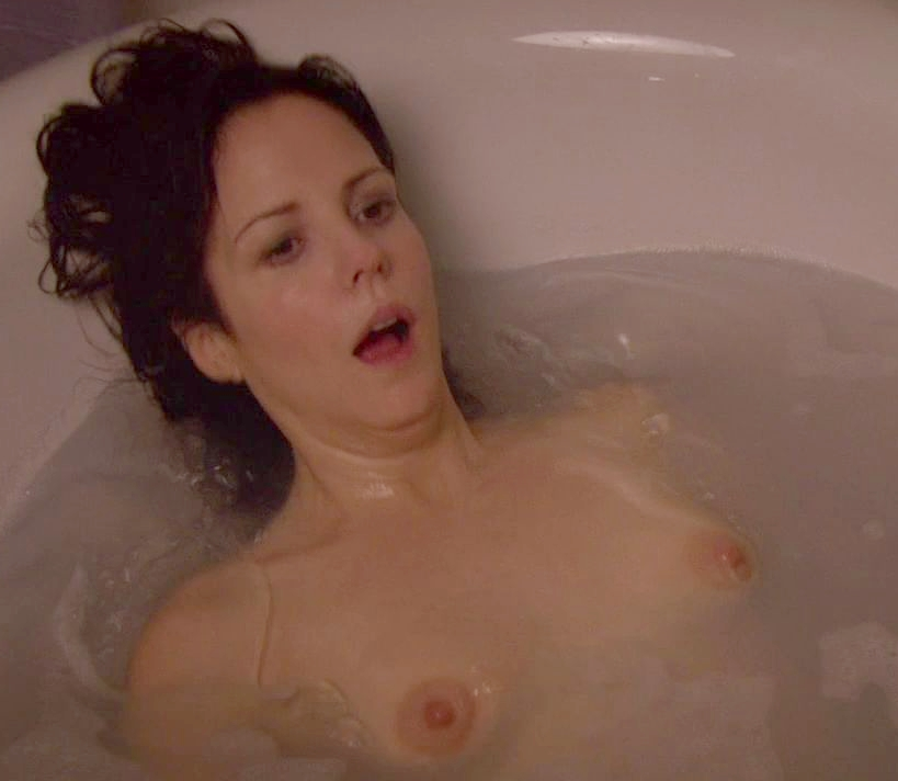Mary Louise Parker Nude Gallery 24