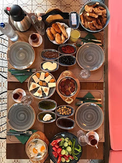 odun breakfast cafe ayvalık balıkesir menü fiyat listesi burger kahvaltı ayvalık tostu