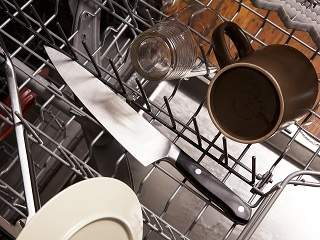 don't put good knives in the dishwasher