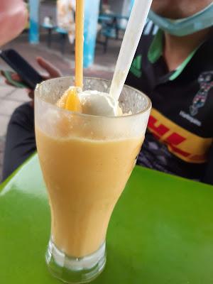 Smoothies Mango Float