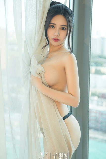 Hot and sexy big boobs photos of beautiful busty asian hottie chick Chinese booty model Jin Zi Xin photo highlights on Pinays Finest sexy nude photo collection site.
