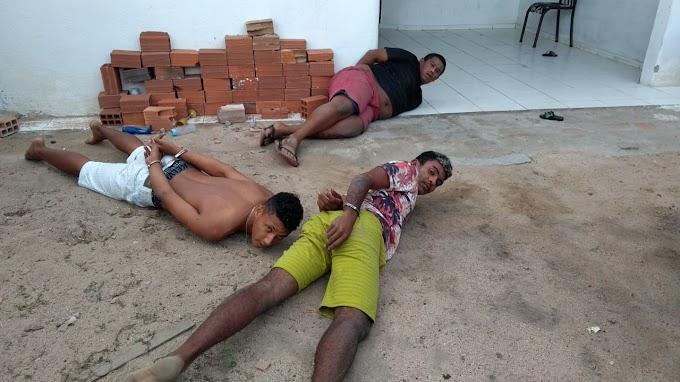 Polícia prende em Delmiro Gouveia assaltantes que roubaram carro em Inajá