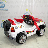 PMB M6168 Skunk Offroad Jeep Rechargeable-battery Operated Toy Car 2XL