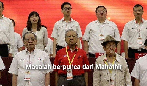 """Dari Akhbar Mandarin: """"Masalah berpunca dari Tun M"""""""