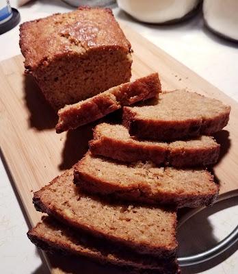 Easy and delicious Brown Sugar Sour Cream Banana Bread.