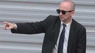 """La balacera se produjo después de que detuvieran a dos comisarios de la Bonaerense acusados de estar vinculados con """"abogados caranchos"""", causa que investigaba el funcionario judicial."""