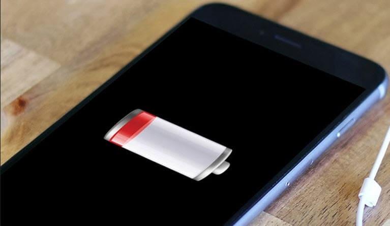 كيف احافظ على بطارية الايفون X  الحفاظ على بطارية الايفون iOS 13  متى اشحن بطارية الآيفون  متى يجب تغيير بطارية الايفون  حالة البطارية في الآيفون  صحة البطارية في الآيفون  طريقة شحن الايفون الجديد أول مرة  بطارية الايفون تخلص بدون استخدام