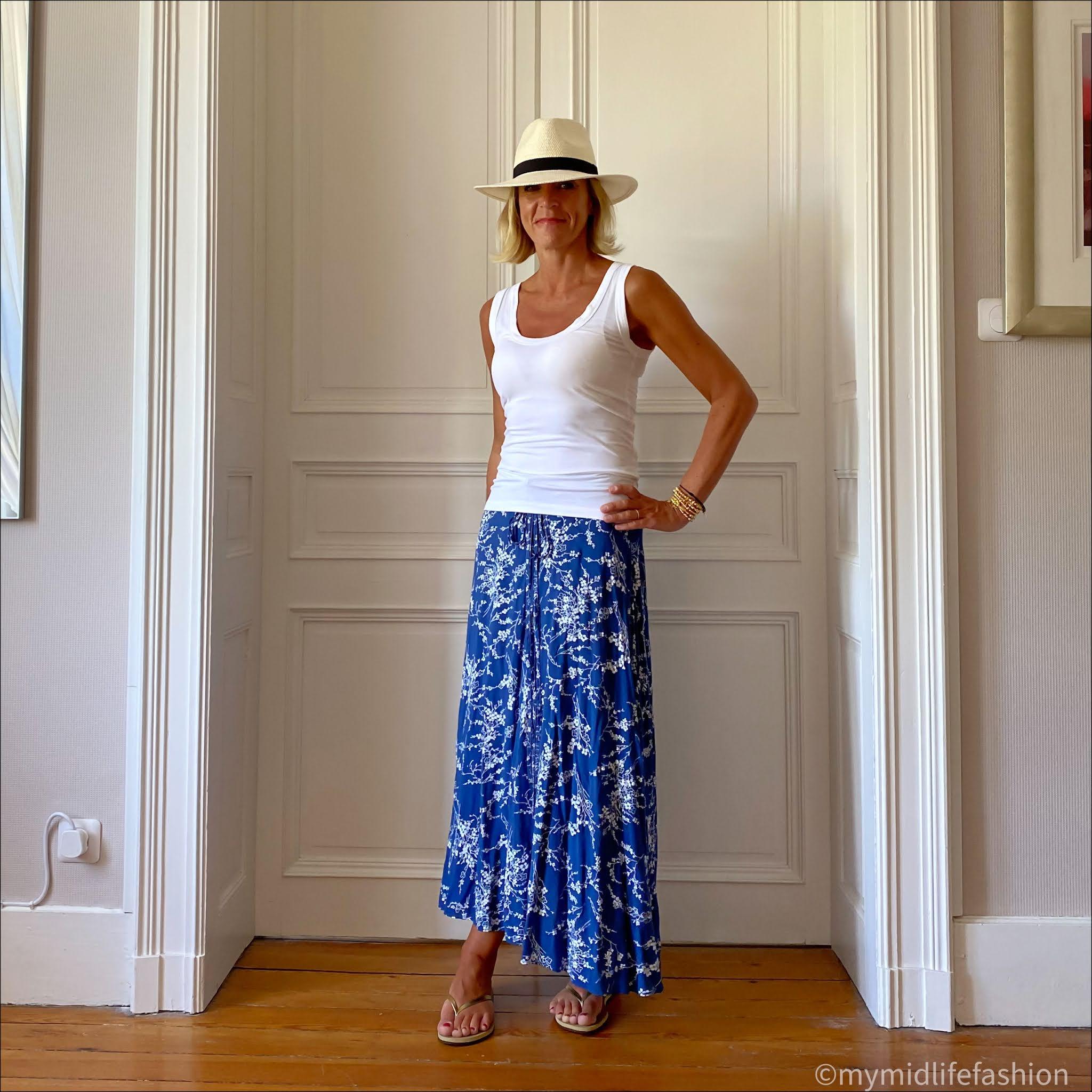 my midlife fashion, Baukjen Brenna tank t-shirt, le blue en herbe skirt, havaiana slim fit gold flip flops, Zara Panama hat