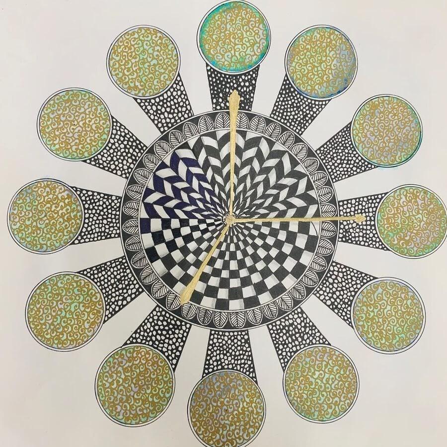 09-Geometric-pattern-clock-Madhvi-www-designstack-co