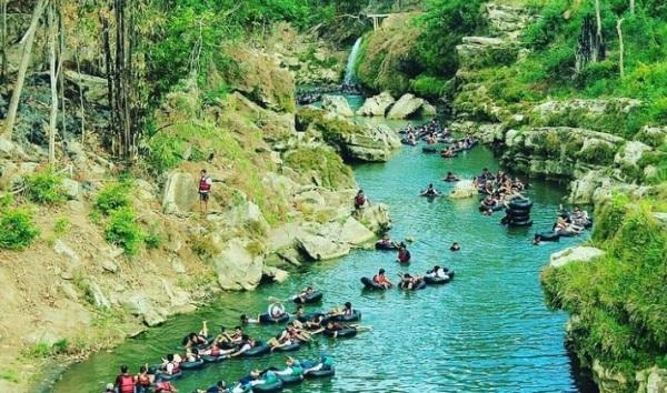 Wisata Gua Jawa Tengah