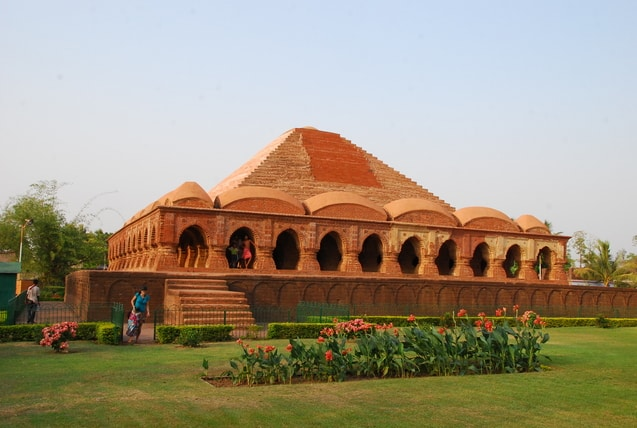 Bishnupur-Mukutmonipur-india-travel-tourist-tour-guide