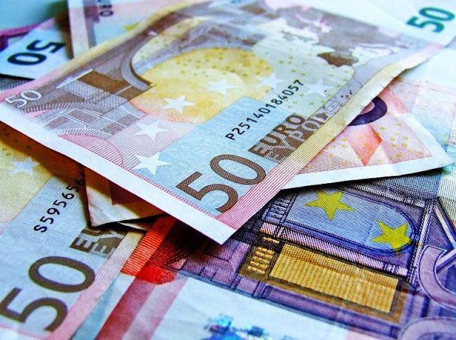 Finanziamenti a sostegno dei giovani imprenditori, Borraccino risponde a Congedo