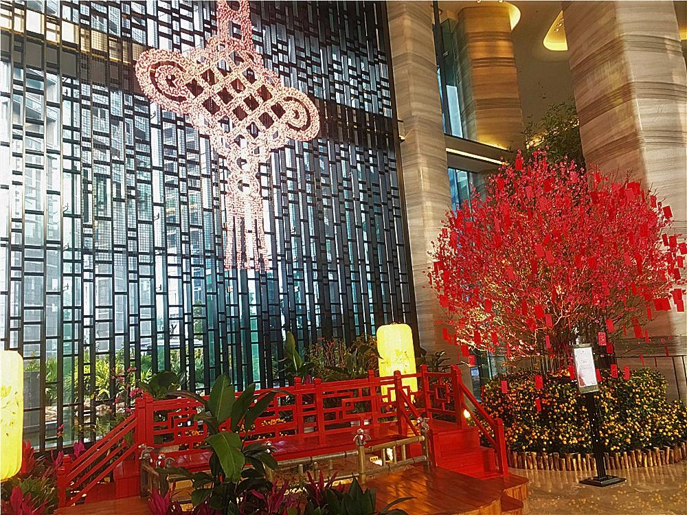 深圳前海華僑城JW萬豪酒店(JW Marriott Hotel Shenzhen Bao'an)-酒店大堂應景的春節裝飾