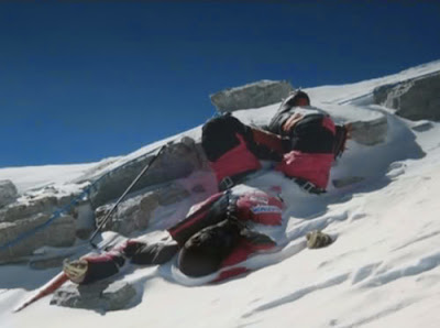 Dead body of a climber at Rainbow Valley Mount Everest