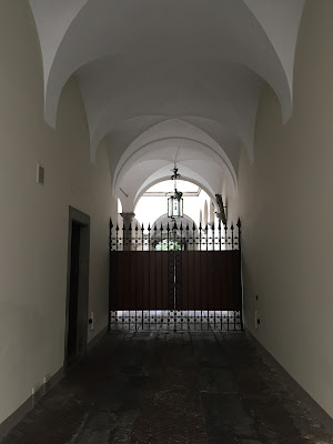 Passages of Bergamo, always beckoning you to explore.
